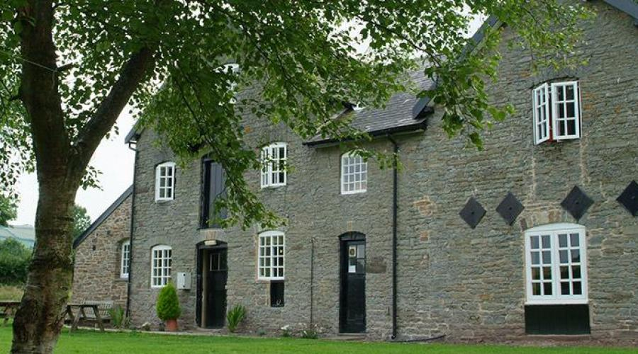 Clun Mill Hostel (c) YHA England and Wales