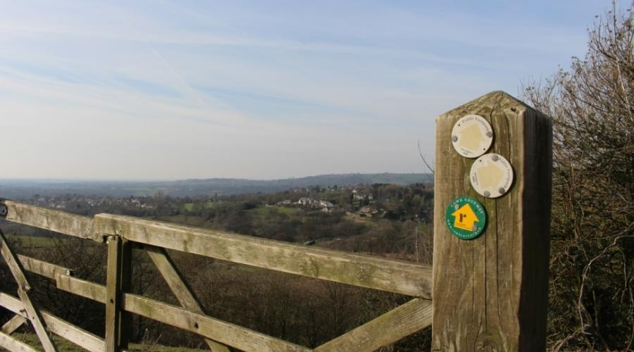 Gate on Cown Edge Way