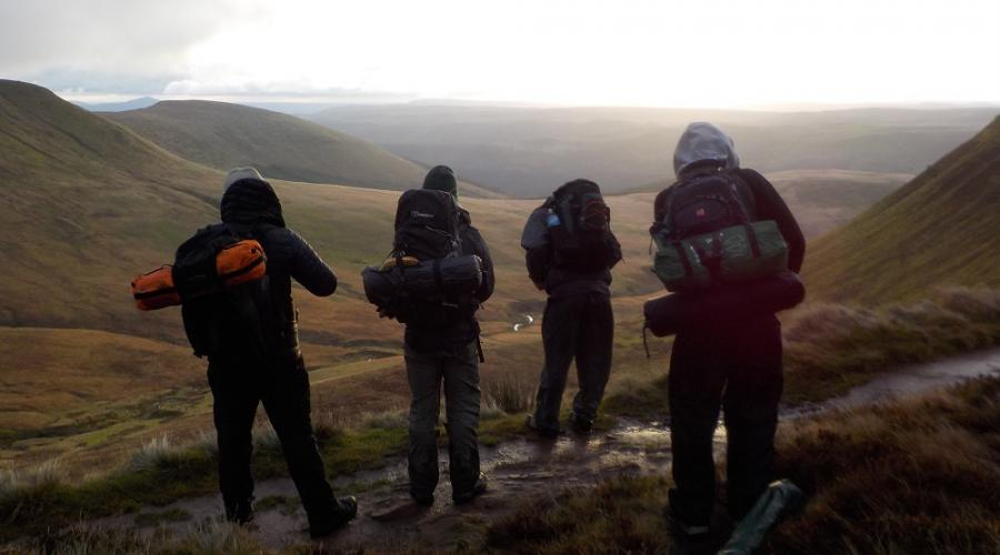 Brecon Beacons Wildcamp packed early morning PFR