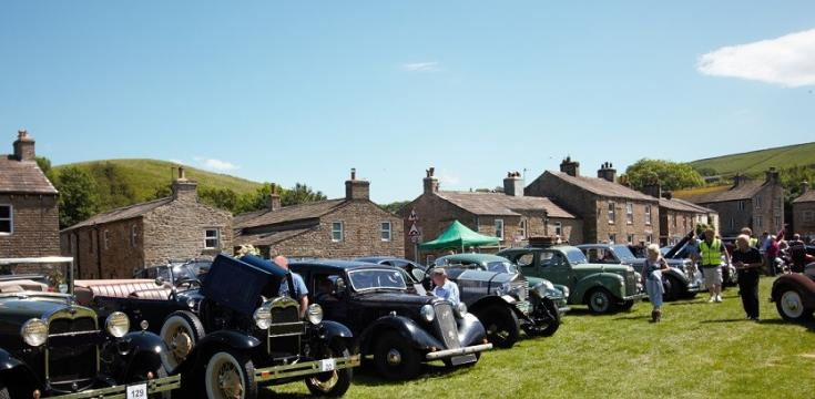 Beamish Reliability Run Lunch top at Bainbridge Village Green