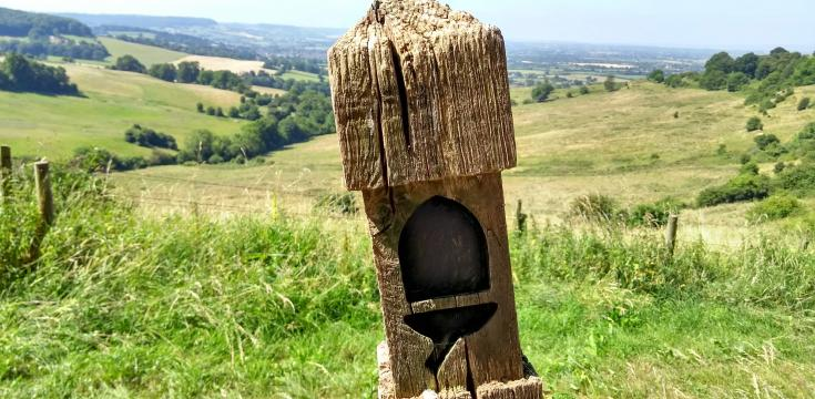 Cotswold Way marker